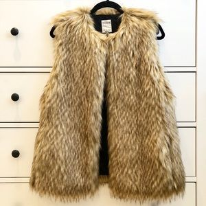 ZARA TRF Outerwear Collection Faux Fur Vest S